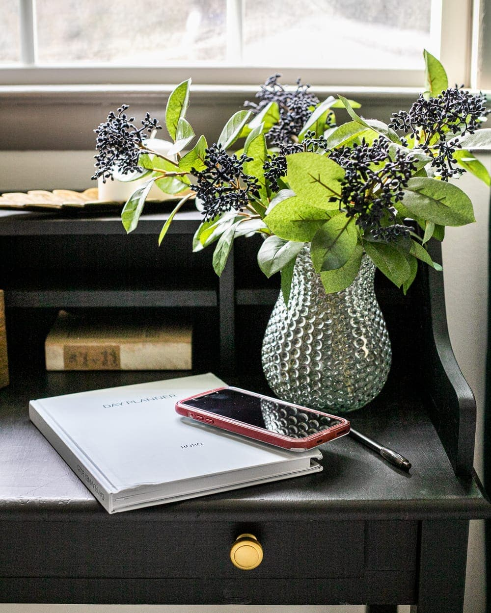 Day planner on writing desk | how to be more productive every day