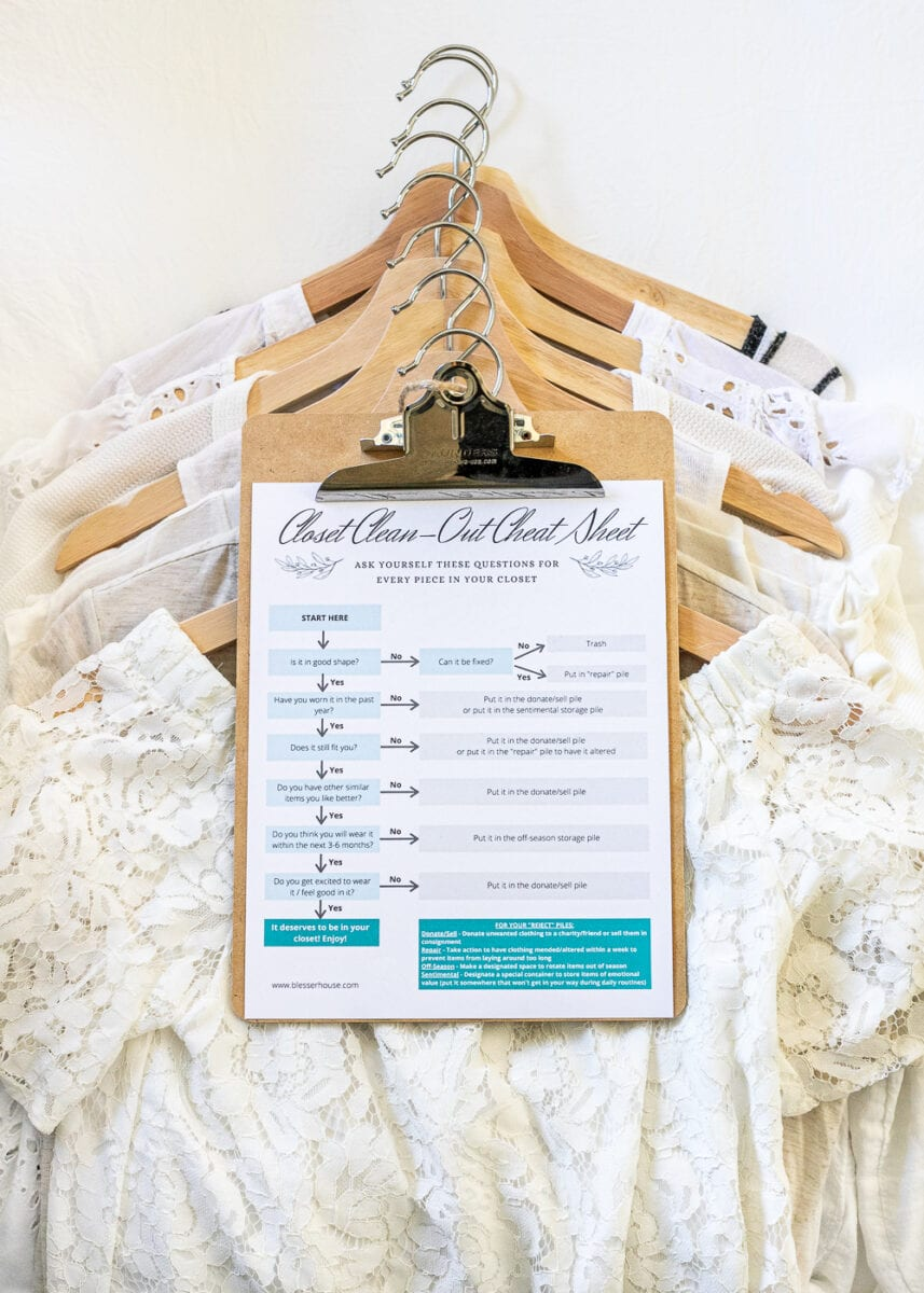 The Ultimate Closet Cleanout Cheat Sheet | A free printable with the easiest method to help you with closet cleanout to make more space in your wardrobe and leaves you feeling inspired every day.