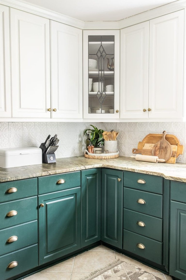 Simplified Decorating: How to Decorate Kitchen Countertops