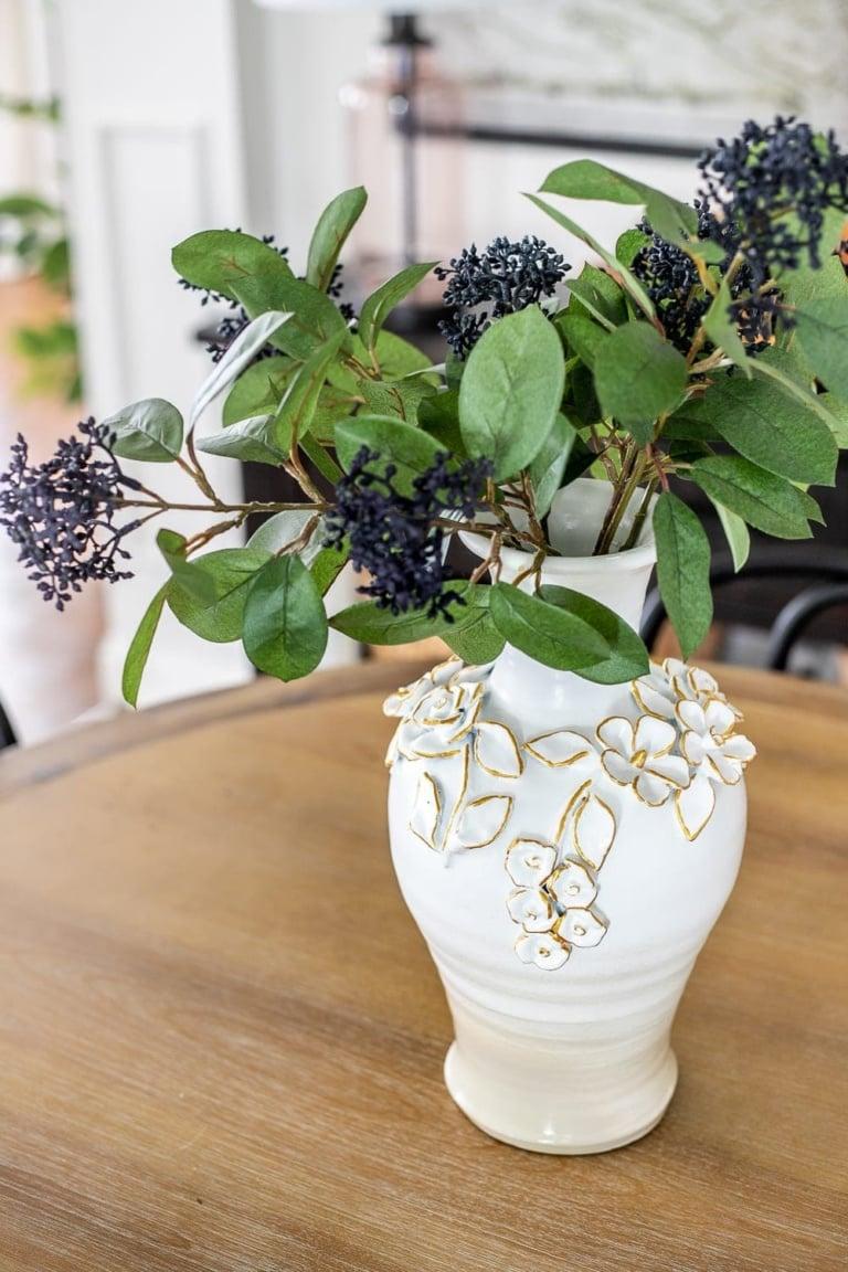 Knock-Off Painted Ceramic Bloom Vase Makeover