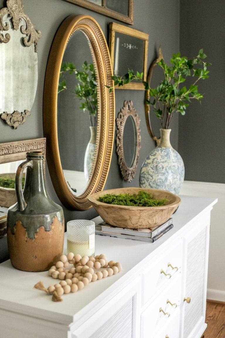 Classic Decor Spotlight: Antique Gold Mirrors for All Budgets