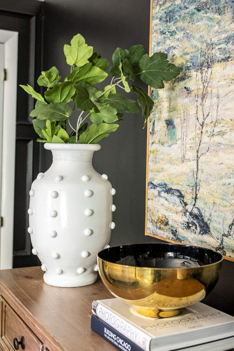 30 Home Decor Items You Should Always Buy While Thrift Shopping