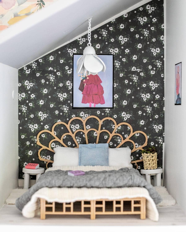 DIY Barbie dollhouse bedroom