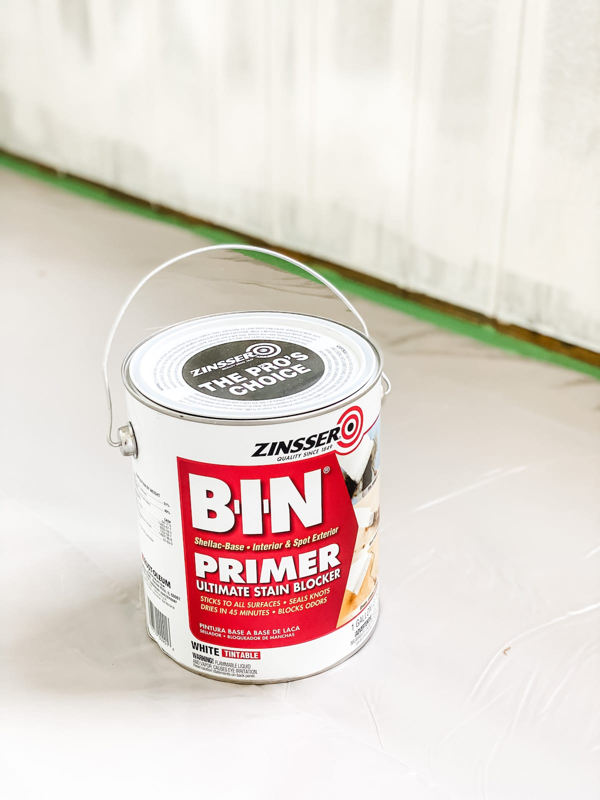 shellac-based primer for painting wood paneling