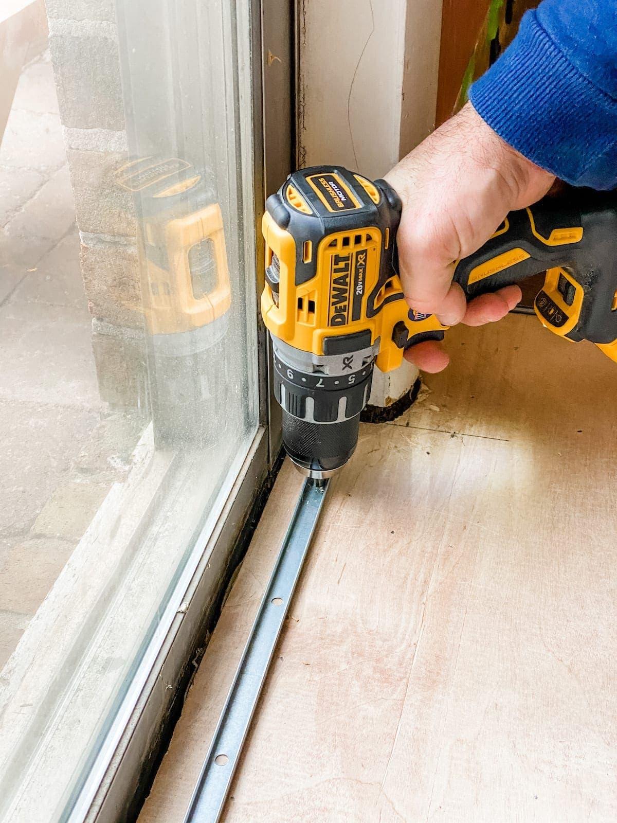 setting a threshold for luxury vinyl plank flooring