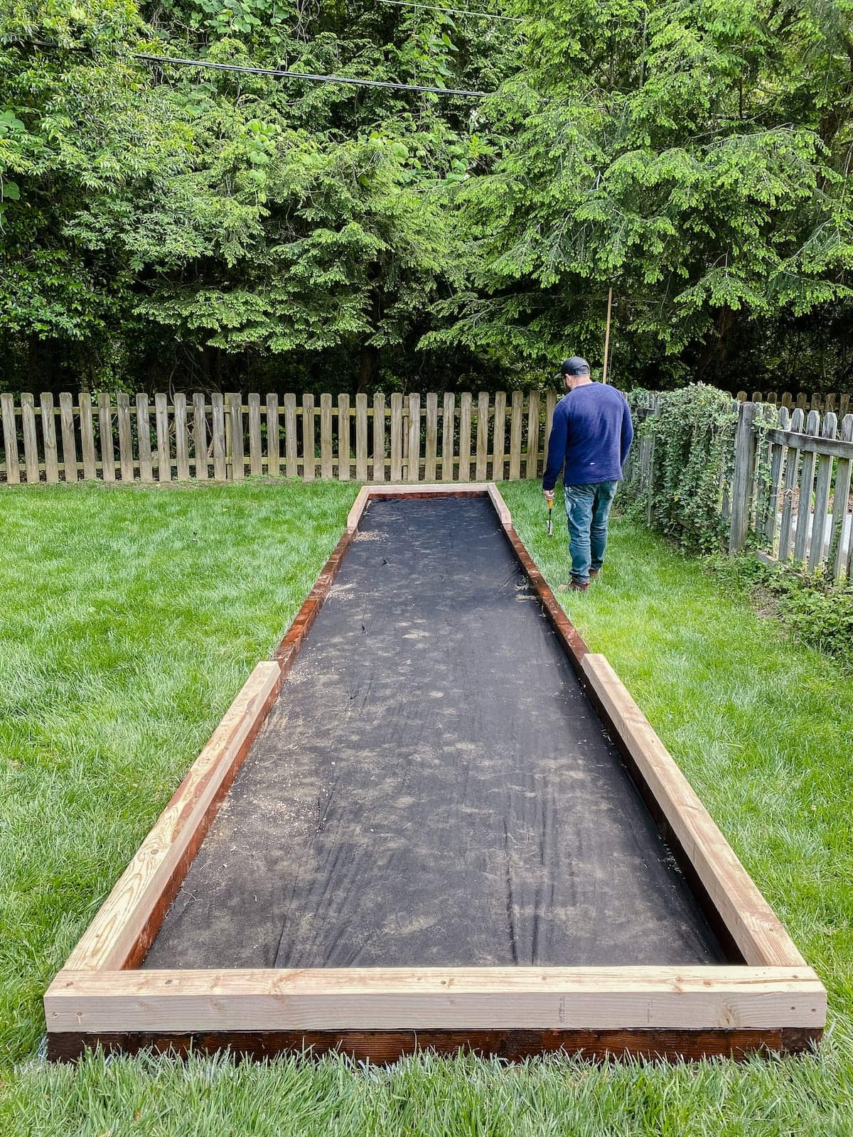 bocce ball frame with weed fabric base