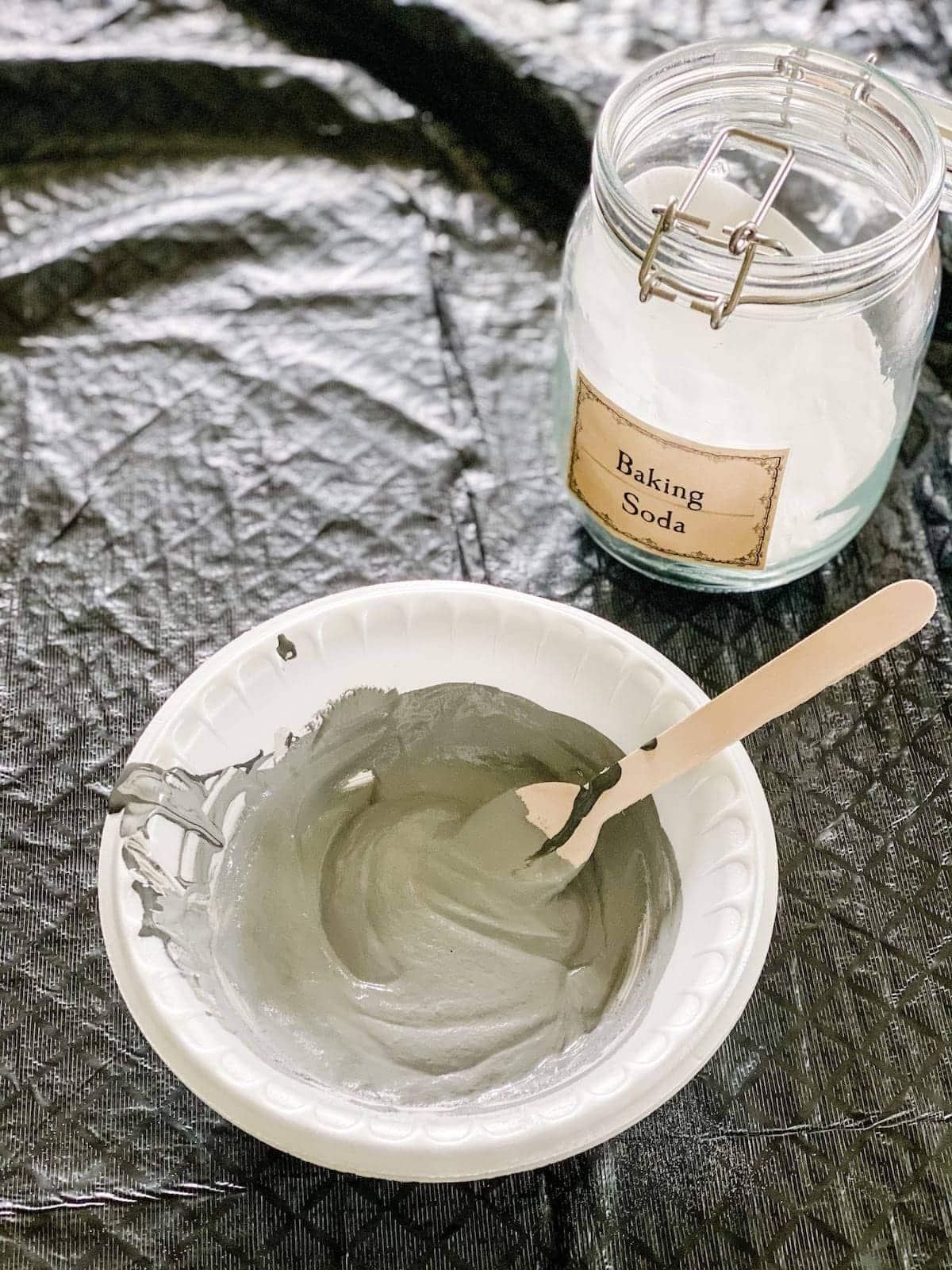 diy texture paint using baking soda
