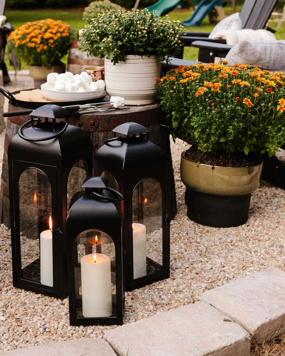 fire pit ideas - add lanterns for candlelight
