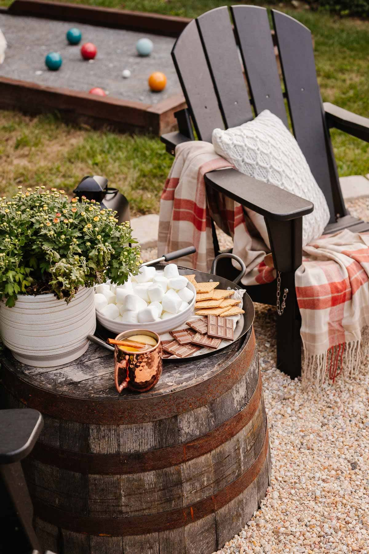 fire pit ideas - s'mores station for a backyard party